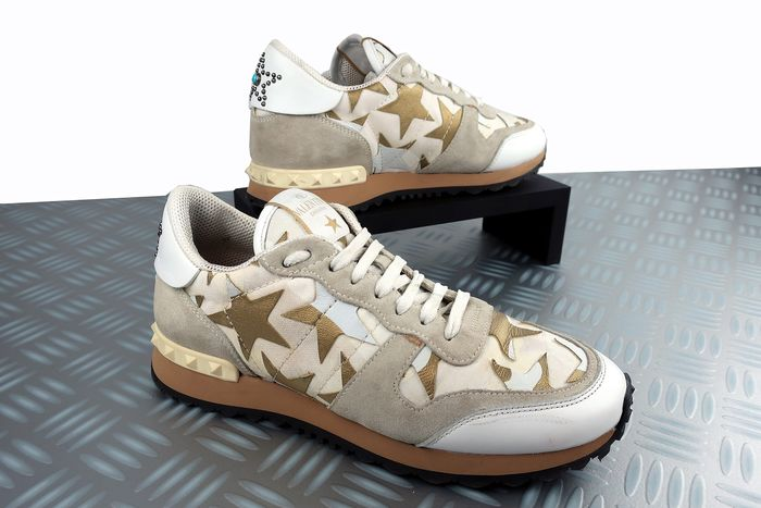 Limited Edition Rockstud Star Sneakers