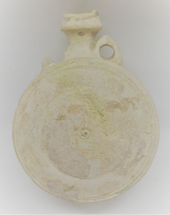 Judaen Terracotta amphora vessel with ring and dot motif