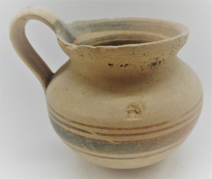 Ancient Greek Terracotta decorated Daunian  vessel with handle