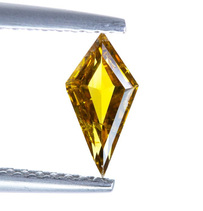 Diamant - 0.44 ct - Natural Fancy INTENSE Orangy Brownish Yellow - I1  *NO RESERVE*