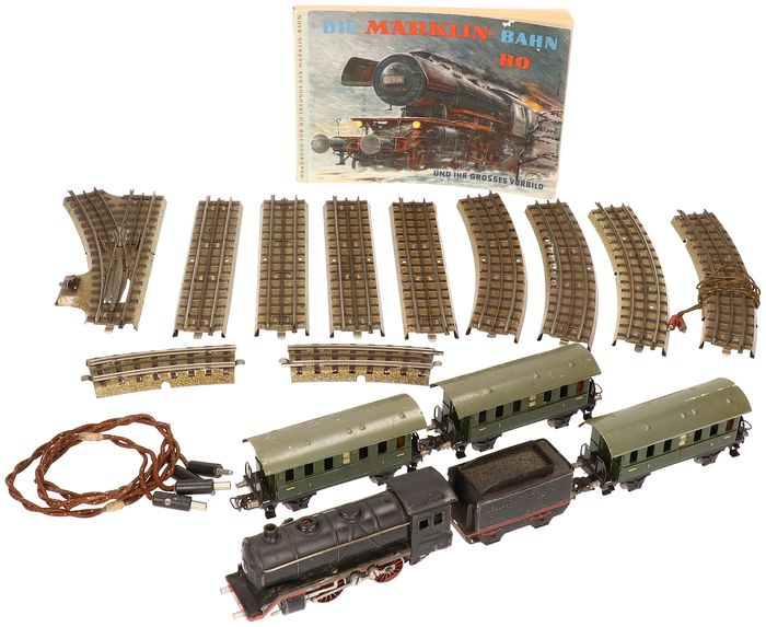 Märklin 00 - R 700 / 327 - Steam locomotive, Tracks, Wagon - Steam Locomotive, Wagons and Track Parts - 1935/1938