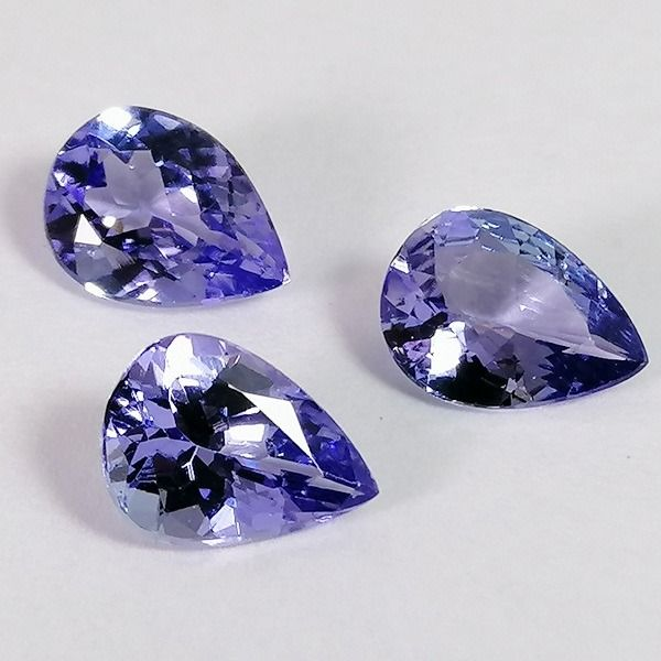 3 pcs  Tanzanite - 2.95 ct