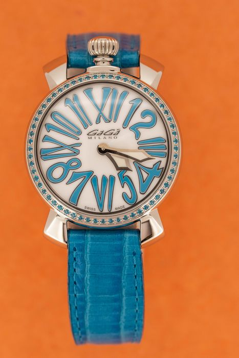 GaGà Milano - Manuale 35mm Stones Light Blue Topaz Crystals White Mother of Pearl Dial Leather Strap Swiss Made - 6025.03 - Femme - BRAND NEW