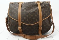 Louis Vuitton - M42252 Saumur 43 Shoulder Bag Sac de voyage