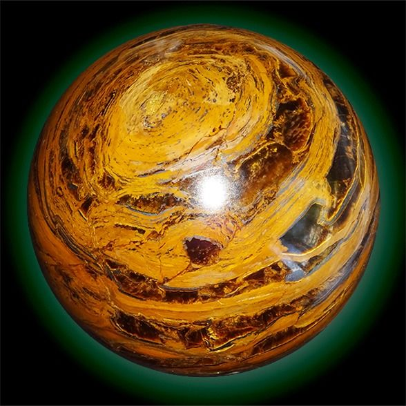 Polished Tiger Eye Sphere with golden layers - 110×110×110 mm - 1735 g