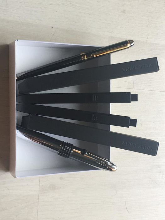 Pen Clip Iridium Point Wordsmith - 2 fountain pens and two Moleskines - Group of 4