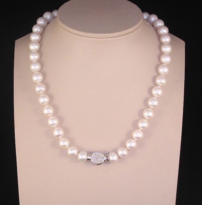 18 kt. Freshwater pearls, White gold, 10 mm - Necklace - 1.00 ct Diamond