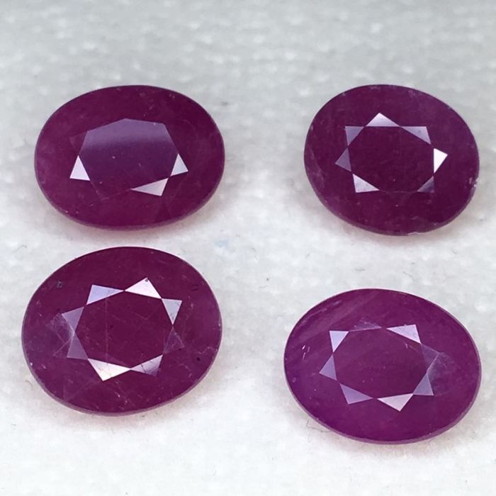4 pcs Pink, Red Ruby - 13.72 ct