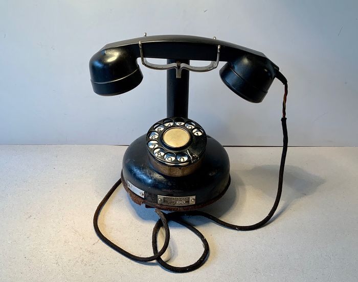 Apparel Mobile B.C.I. Mod. 1924 - Telephone - Bakelite, Brass, Enamel, Steel (stainless)
