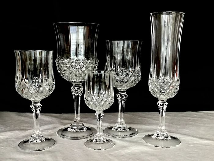 """Cristal d' Arques""  model Longchamp - 34-piece crystal crockery Beautiful faceted Clear crystal glasses - ca 1980 France"
