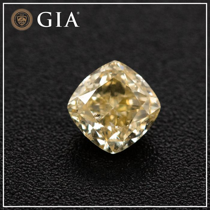 Diamond - 1.01 ct - Cushion - fancy light brownish yellow - SI2, GIA - No Reserve Price