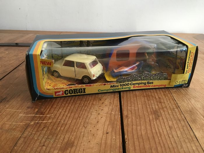 Corgi - 1:38 - 38 mini 1000 camping set