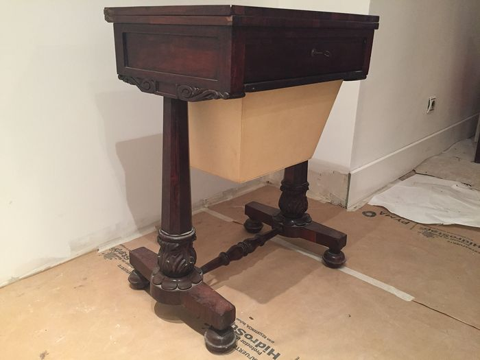 Desk-seamstress table - Victorian - Rosewood - Second half 19th century