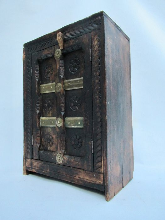 Weathered cupboard with copper fittings - Copper, Wood
