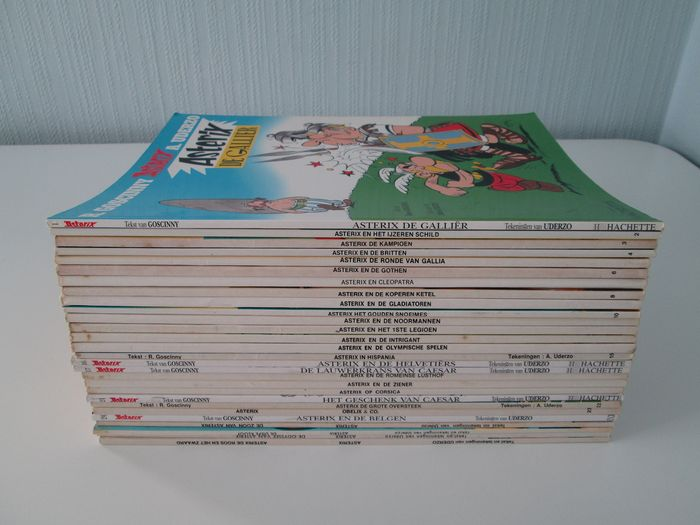 Asterix Volledige reeks +  4 extra nummers - 28 strips - Softcover - Different editions - (1977/2002)