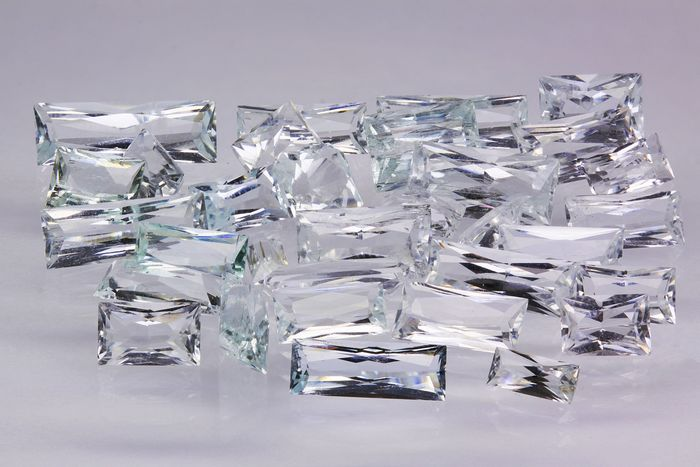 44 pcs  Aigue-marine - 29.50 ct