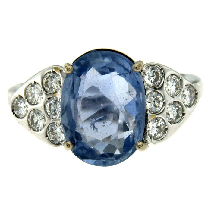 18 kt. Gold, White gold - Ring - 3.50 ct Sapphire - Diamonds