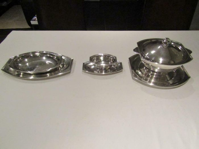 soup bowl, sauce bowl and meat dish (6) - Art Deco - Silverplate