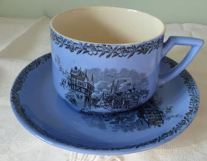 cup and saucer EXCEPTIONAL color blue faience Pexonne late nineteenth (2) - earthenware