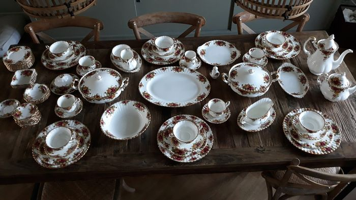 Royal Albert - Table service 'Old Country Roses' - Porcelain