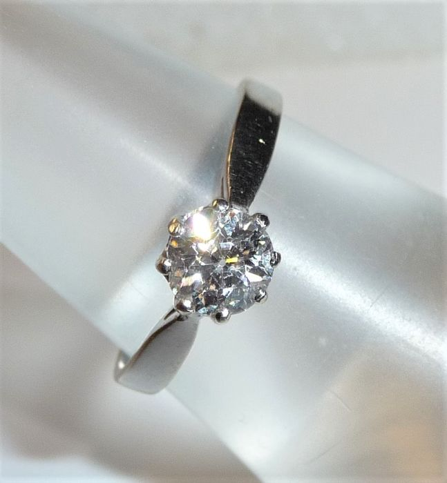 14 kt. White gold - Diamond solitaire ring / engagement ring - 0.75 ct diamond