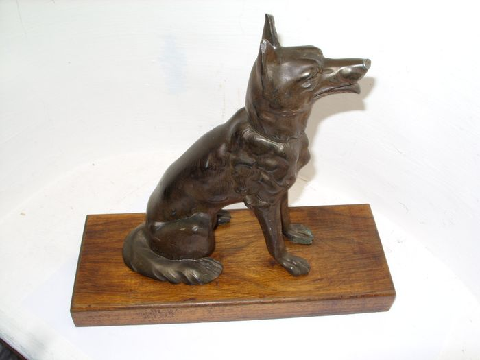Statuette of a Sheepdog - Art Deco - Régule Oak