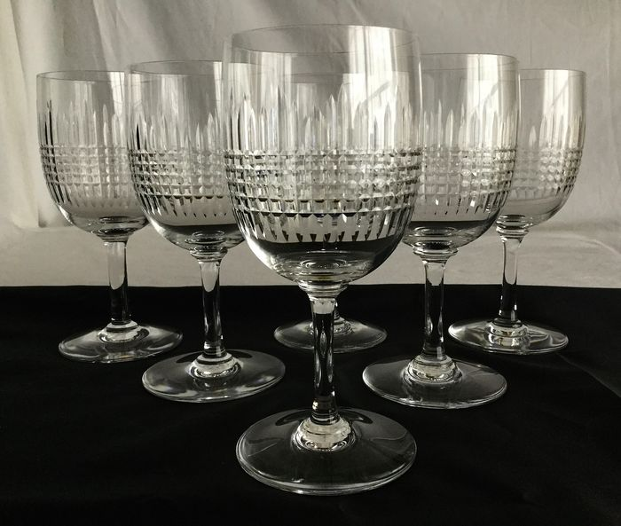 """BACCARAT"" model ""Harmonie"" - 6 exclusive cut crystal wine glasses - clear cut crystal with beautiful diamond faceted motif"