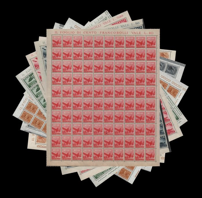 Italien Republik 1945/1968 - Selection of service stamps, 'Democratica' and 'Siracusana' in full sheets