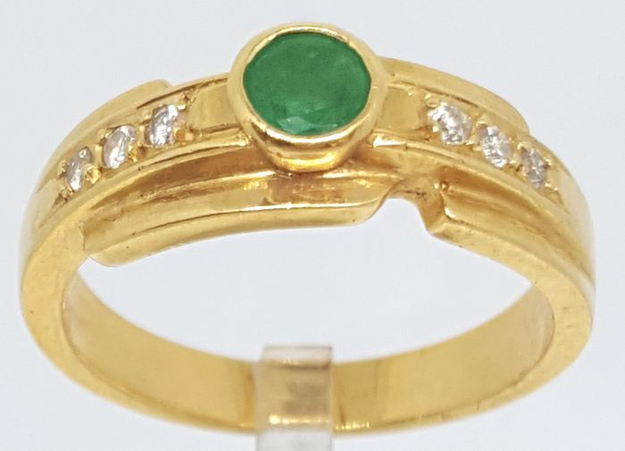18 kt. Yellow gold - Ring - 0.35 ct Emerald - Diamond