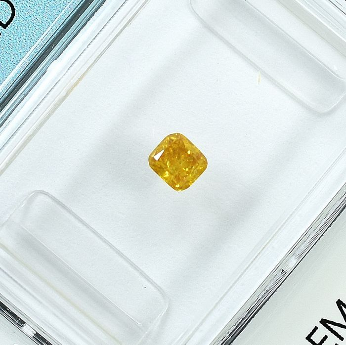 Diamant - 0.17 ct - Coussin - Natural Fancy Intense Orangy Yellow - I1 - NO RESERVE PRICE