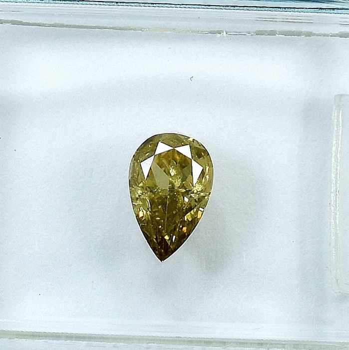 Diamant - 0.53 ct - Poire - Natural Fancy Light Brownish Yellow - I1 - NO RESERVE PRICE