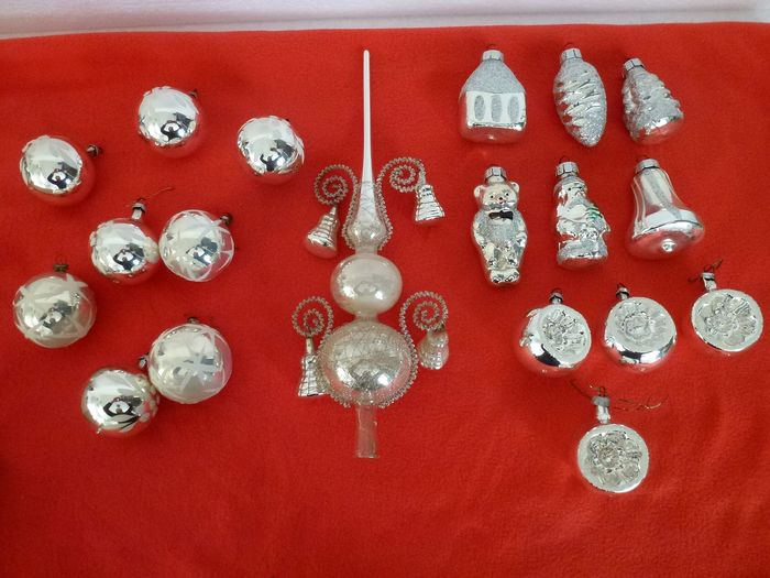 Lot of 19 old vintage Christmas balls and peak (19) - Glass