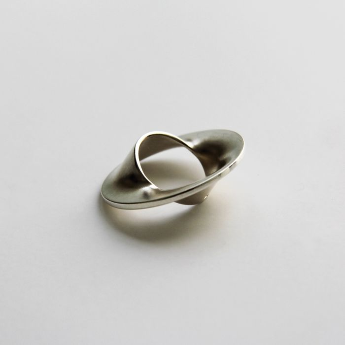 Gijs Bakker - CHP Jewelry Collection - Gijs Bakker Projects - ring - Little Finger Ring (size 18)