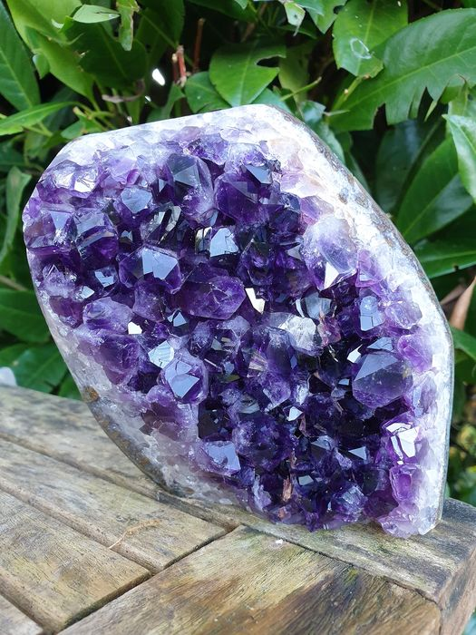 Big Uruguay Amethyst cluster on luxury stand - 130×135×55 mm - 1177 g