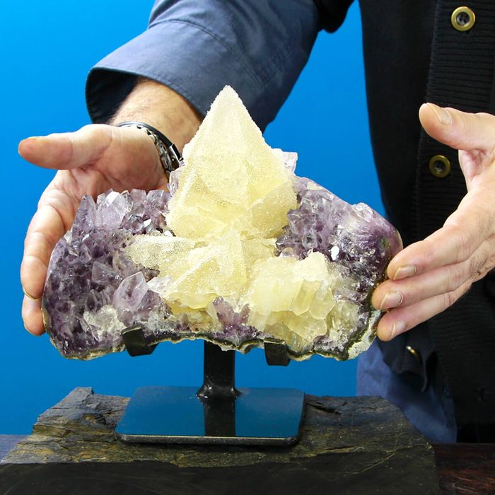 Amethyst and Calcite TOP QUALITY Geode - 220×210×125 mm - 3710 g
