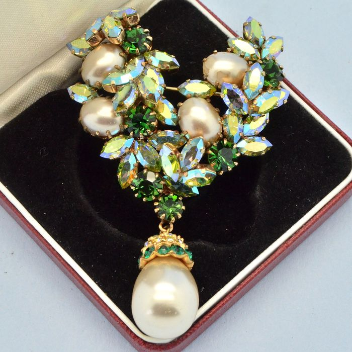 Schoffel Vintage Austrian Faux Pearl Drop Green Crystal Gold Plated - Brooch