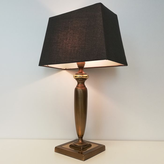 Herda - Impressive Heavy Brass Trophy Table Lamp - Regency