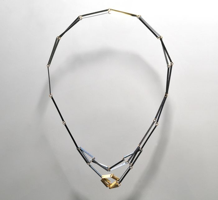 Annelies Planteydt - CHP Jewelry Collection - Gijs Bakker Projects - Necklace - Square becomes a Butterfly