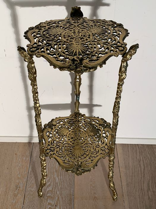 Beautifully decorated table - Art Nouveau - Brass