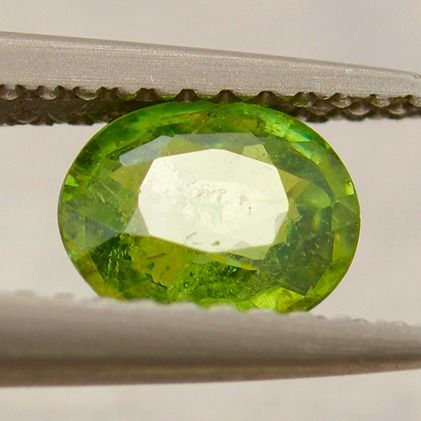 Demantoid, Garnet - 0.88 ct