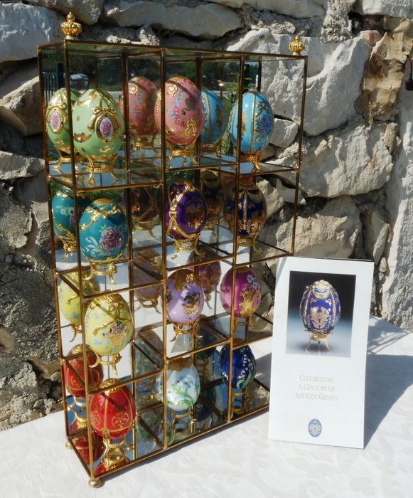 "Fabergé, Franklin Mint - Collection, ""A Centennial Tribute"" Superb Complete Collection of 12 Eggs (1) - Goldplate, Porcelain"