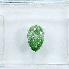Diamante - 0.55 ct - Pera - Fancy Light Green - VS1 - NO RESERVE PRICE