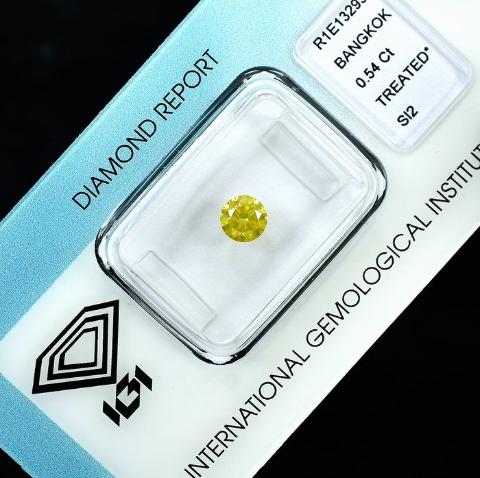 Diamant - 0.54 ct - Brillant - Fancy Intense Yellow - Si2 - VG/VG/G