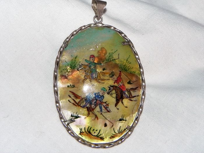 Pendant - Mother of pearl, Silver - Iran