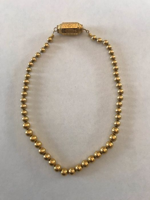 18 kt. Yellow gold - Earrings, Necklace