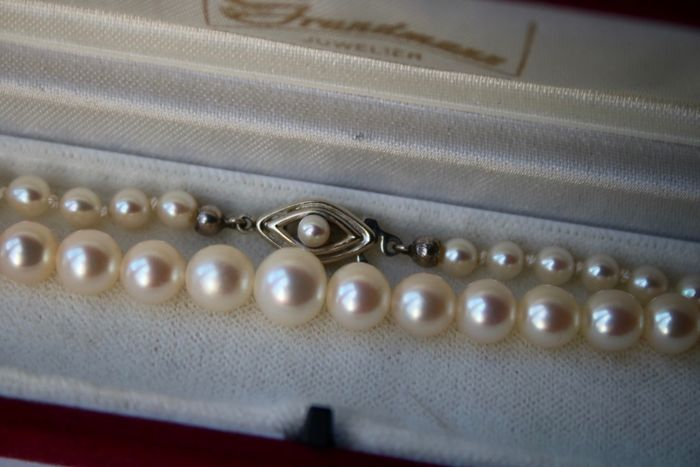 """ JKA"" - 14 kt. Gold - Necklace sea/salty Japanese Akoya selected pearls ca. 4.2mm-8mm ""ASC"" - -Germany"
