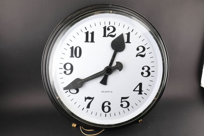 Large station clock 55 cm - Steel (stainless) - 19th century