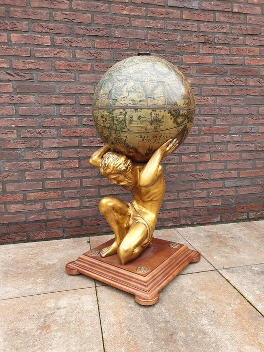 Mytological barglobe atlas that carries the world - with 16th century map - Wood, polystone