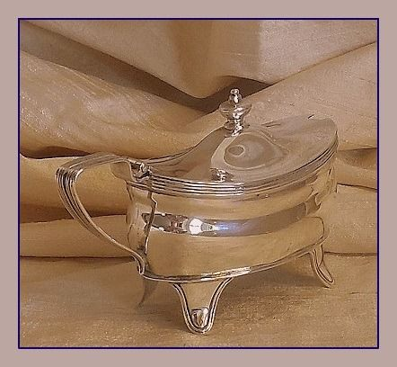 Edwardiaanse mosterdpot met lepel - .925 zilver - Goldsmith and Silversmith Co Ltd. / Henry Atkin - Verenigd Koninkrijk - 1904/1905