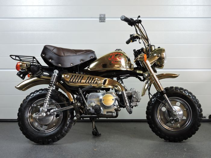 Honda - Monkey Z50J Golden limited edition - 49 cc - 1984
